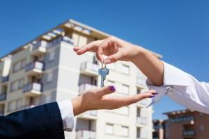 Изображение - Порядок действий для возврата 13 процентов от покупки квартиры через ипотеку shutterstock_1696428831-300x200