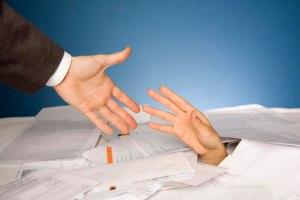 Что может стать основанием для обращения на реструктуризацию